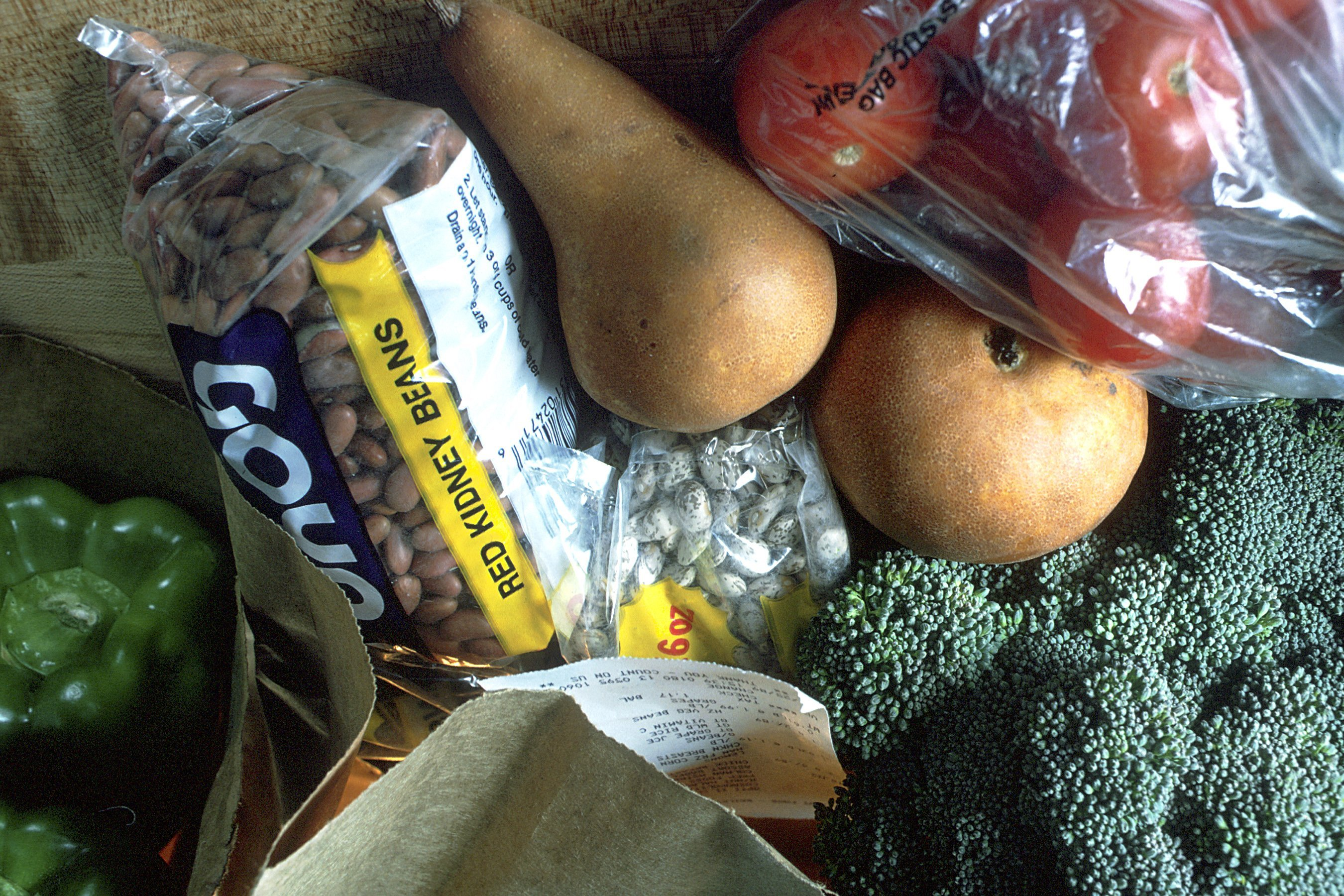 Grocery_bag_of_healthy_foods